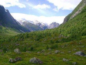 800px-Norwegian_valley